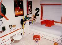 mjordan-desk-and-bed800600.jpg